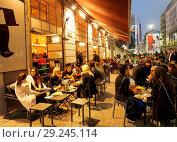 Купить «Europe , Italy , Lombardy, milan, corso garibaldi, radetzky cafe», фото № 29245114, снято 1 января 2000 г. (c) age Fotostock / Фотобанк Лори