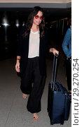 Купить «Evangeline Lilly arrives at Los Angeles International Airport Featuring: Evangeline Lilly Where: Los Angeles, California, United States When: 22 Jun 2018 Credit: WENN.com», фото № 29270254, снято 22 июня 2018 г. (c) age Fotostock / Фотобанк Лори