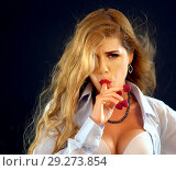Купить «Office businesswoman secretary flirting. Woman eating berry.», фото № 29273854, снято 18 ноября 2018 г. (c) Gennadiy Poznyakov / Фотобанк Лори