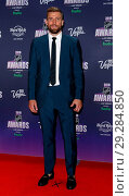 Купить «2018 NHL Awards Red Carpet at Hard Rock Hotel and Casino Las Vegas Featuring: Blake Wheeler Where: Las Vegas, Nevada, United States When: 21 Jun 2018 Credit: Judy Eddy/WENN.com», фото № 29284850, снято 21 июня 2018 г. (c) age Fotostock / Фотобанк Лори