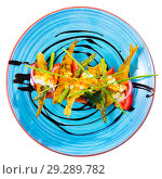Купить «Top view of battered sprats with creamy ginger sauce, tomatoes», фото № 29289782, снято 23 августа 2018 г. (c) Яков Филимонов / Фотобанк Лори