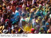 Купить «Festival de los colores Holi in Barcelona», фото № 29307862, снято 12 апреля 2015 г. (c) Яков Филимонов / Фотобанк Лори