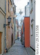 Старинные Мальтийские улочки. Рига. Латвия (2018 год). Редакционное фото, фотограф Сергей Афанасьев / Фотобанк Лори