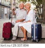 Купить «Mature spouses enjoying joint vacation», фото № 29337894, снято 27 августа 2017 г. (c) Яков Филимонов / Фотобанк Лори