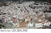 Купить «Video of aerial view of mediterranean resort town Sitges, Spain», видеоролик № 29364390, снято 27 апреля 2018 г. (c) Яков Филимонов / Фотобанк Лори