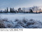 Купить «Savonlinna castle at the winter. Finland Description: Savonlinna castle at the winter. Finland», фото № 29384774, снято 17 января 2016 г. (c) Liseykina / Фотобанк Лори