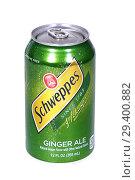 Купить «Schweppes Ginger Ale», фото № 29400882, снято 7 ноября 2018 г. (c) Art Konovalov / Фотобанк Лори