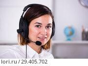 Woman in call-centre. Стоковое фото, фотограф Яков Филимонов / Фотобанк Лори