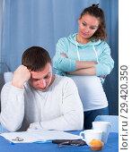 Купить «Couple struggling to pay bills», фото № 29420350, снято 18 марта 2017 г. (c) Яков Филимонов / Фотобанк Лори
