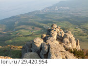 Купить «Rock formations of the Demerdji mountain, Crimea, Russia. Valley of Ghosts, landmark of Crimea», фото № 29420954, снято 22 января 2019 г. (c) Владимир Пойлов / Фотобанк Лори