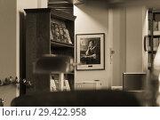 Winnipeg, Manitoba, Canada - 2014-11-21: Part of the interior of Manitoba Legislature library. The library is located in Manitoba Legislative Building constructed in 1920 in the centre of Manitoba s capital Winnipeg. Редакционное фото, фотограф Вадим Роднев / Фотобанк Лори