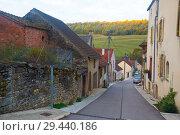 Купить «Streets of old French town Bligny-sur-Ouche, located in France», фото № 29440186, снято 12 октября 2018 г. (c) Яков Филимонов / Фотобанк Лори