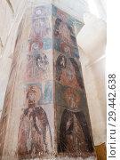 Купить «Тринадцать Ассирийских отцов, роспись колонн в церкви Успения Пресвятой богородицы, крепость Ананури, Грузия», фото № 29442638, снято 24 сентября 2018 г. (c) Юлия Бабкина / Фотобанк Лори