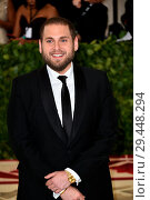 Купить «Celebs flock to the Costume Institute Gala at the Metropolitan Museum in NYC Featuring: Jonah Hill Where: Manhattan, New York, United States When: 08 May 2018 Credit: Rob Rich/WENN.com», фото № 29448294, снято 8 мая 2018 г. (c) age Fotostock / Фотобанк Лори