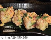 Купить «Baked rolls on table in a restaurant», фото № 29450366, снято 8 марта 2018 г. (c) Володина Ольга / Фотобанк Лори