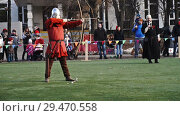 Купить «Moscow, Russia - November 17,2018. Medieval archer shoots an arrow from a bow.», видеоролик № 29470558, снято 17 ноября 2018 г. (c) Георгий Дзюра / Фотобанк Лори