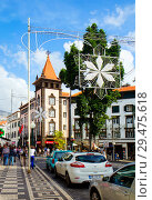 Купить «Фуншал. Мадейра. Городской пейзаж.», фото № 29475618, снято 6 декабря 2013 г. (c) Галина Савина / Фотобанк Лори