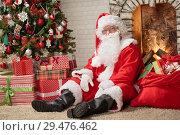 Купить «Santa Claus Christmas Eve», фото № 29476462, снято 26 октября 2018 г. (c) Типляшина Евгения / Фотобанк Лори