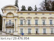 Hotel in  small west Bohemian spa town Marianske Lazne (Marienbad) in winter - Czech Republic (2018 год). Редакционное фото, фотограф Николай Коржов / Фотобанк Лори