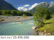 Купить «Emerald river», фото № 29496686, снято 24 июля 2018 г. (c) александр жарников / Фотобанк Лори