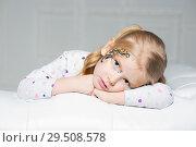 Купить «Sad little girl», фото № 29508578, снято 29 января 2016 г. (c) Сергей Сухоруков / Фотобанк Лори