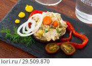 Купить «Chicken salad served on eggplant», фото № 29509870, снято 20 февраля 2019 г. (c) Яков Филимонов / Фотобанк Лори