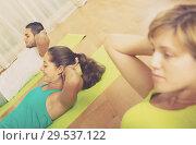 Купить «Fitness class in sport club», фото № 29537122, снято 4 августа 2020 г. (c) Яков Филимонов / Фотобанк Лори