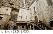 Купить «Impressive architectural ensemble of Rocamadour complex in autumn day», видеоролик № 29542030, снято 7 октября 2018 г. (c) Яков Филимонов / Фотобанк Лори