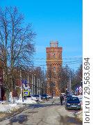 Купить «Водонапорная башня в Зарайске», фото № 29563694, снято 9 марта 2018 г. (c) Natalya Sidorova / Фотобанк Лори
