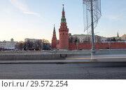 Купить «Moskow (Moskva) River embankment near Kremlin (at night)-- the most popular view of Moscow, Russia», фото № 29572254, снято 24 марта 2018 г. (c) Владимир Журавлев / Фотобанк Лори