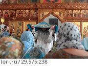 Купить «Престольный праздник в Бобреневе монастыре», эксклюзивное фото № 29575238, снято 21 сентября 2018 г. (c) Дмитрий Неумоин / Фотобанк Лори