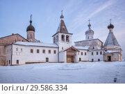 Купить «Ферапонтов монастырь зимой», фото № 29586334, снято 6 января 2016 г. (c) Юлия Бабкина / Фотобанк Лори