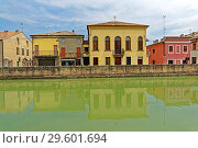 Europe, Italy, Veneto Veneto, Battaglia Terme, via Terme, Canale Battaglia, architecture, building, canals, place of interest, tourism, street, wall, water. Стоковое фото, фотограф Bernd J. W. Fiedler / age Fotostock / Фотобанк Лори