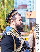 Купить «Unidentified members of historical reenactment battle», фото № 29626686, снято 6 октября 2018 г. (c) FotograFF / Фотобанк Лори