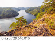 Купить «Scenic view from above of the Yumaguzinsky reservoir on the Belaya River. Bashkortostan.», фото № 29640010, снято 31 августа 2018 г. (c) Акиньшин Владимир / Фотобанк Лори