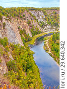 Купить «Top view of the rocky shore of the river. The nature of the Urals.», фото № 29640342, снято 6 сентября 2018 г. (c) Акиньшин Владимир / Фотобанк Лори