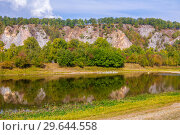 Купить «Scenic view of the rocky shore of the river. The nature of the Urals.», фото № 29644558, снято 7 сентября 2018 г. (c) Акиньшин Владимир / Фотобанк Лори