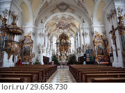 Купить «The interior of the Parish Church of the assumption of Mary in Schongau, Germany Bavaria», фото № 29658730, снято 21 декабря 2012 г. (c) Наталья Волкова / Фотобанк Лори