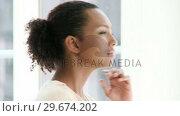Купить «Portrait of a pensive businesswoman», видеоролик № 29674202, снято 23 марта 2019 г. (c) Wavebreak Media / Фотобанк Лори