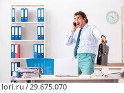 Купить «Businessman disgusted with cockroaches in the office», фото № 29675070, снято 25 сентября 2018 г. (c) Elnur / Фотобанк Лори