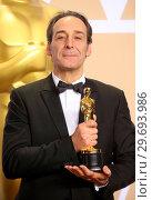 Купить «90th Annual Academy Awards - Press Room Featuring: Alexandre Desplat Where: Hollywood, California, United States When: 04 Mar 2018 Credit: FayesVision/WENN.com», фото № 29693986, снято 4 марта 2018 г. (c) age Fotostock / Фотобанк Лори