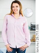 Купить «Woman posing playfully indoors», фото № 29711006, снято 13 марта 2017 г. (c) Яков Филимонов / Фотобанк Лори