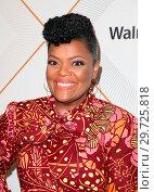 Купить «Essence 11th Annual Black Women In Hollywood Awards Gala at the Beverly Wilshire Four Seasons Hotel in Beverly Hills, California. Featuring: Yvette Nicole...», фото № 29725818, снято 1 марта 2018 г. (c) age Fotostock / Фотобанк Лори