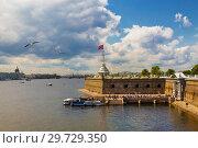 Купить «View of the Peter and Paul fortress Bastion, St. Petersburg, Russia», фото № 29729350, снято 9 июля 2015 г. (c) Наталья Волкова / Фотобанк Лори