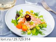 Купить «Tasty seafood ceviche from salmon with avocado, green dill and cumquat», фото № 29729914, снято 26 марта 2019 г. (c) Яков Филимонов / Фотобанк Лори