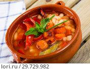 Купить «Bulgarian dish Bob chorba», фото № 29729982, снято 17 января 2019 г. (c) Яков Филимонов / Фотобанк Лори