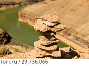 tower of rocks in grand canyon and colorado river (2018 год). Стоковое фото, фотограф Syda Productions / Фотобанк Лори