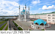 Купить «View on Kul Sharif mosque in Kazan Kremlin in summer day», видеоролик № 29745194, снято 24 мая 2019 г. (c) FotograFF / Фотобанк Лори