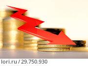 Купить «Красная стрелка на фоне денег . Концепция изменения финансовой стабильности .», фото № 29750930, снято 1 апреля 2020 г. (c) Сергеев Валерий / Фотобанк Лори