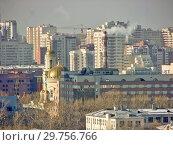 Купить «Городской пейзаж. Вид сверху. Екатеринбург», фото № 29756766, снято 27 февраля 2012 г. (c) Сергей Афанасьев / Фотобанк Лори